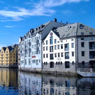 Hafen von Ålesund. Andrea Giubelli